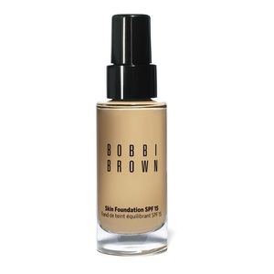 Bobbi Brown Skin Foundation SPF 15